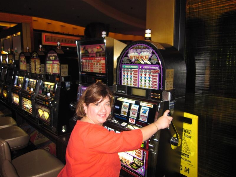 Slot Machines – Buy Your Own for Amusing and Enjoyment!