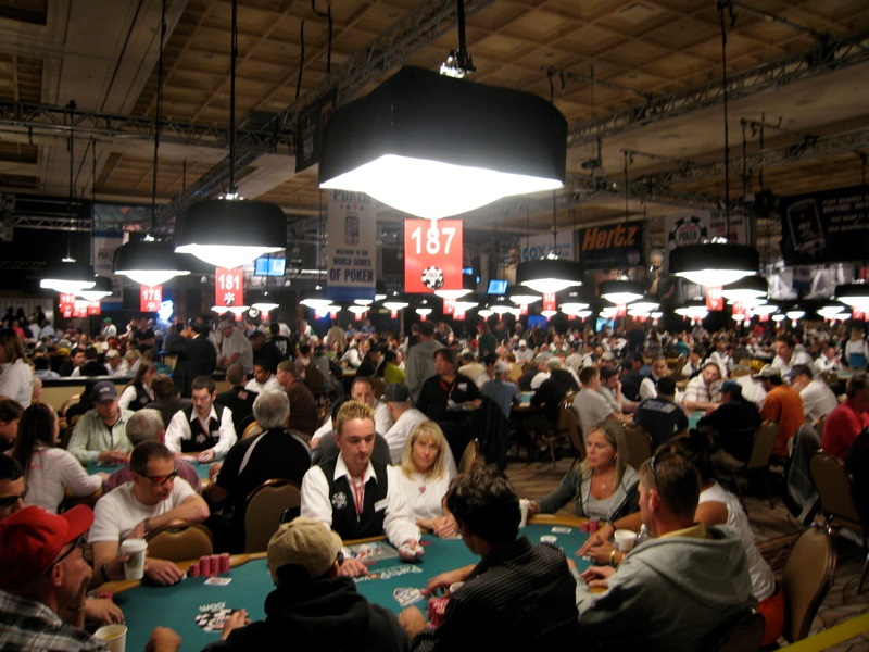 Poker Rooms – Geared up With an Enjoyable Filled Environment!
