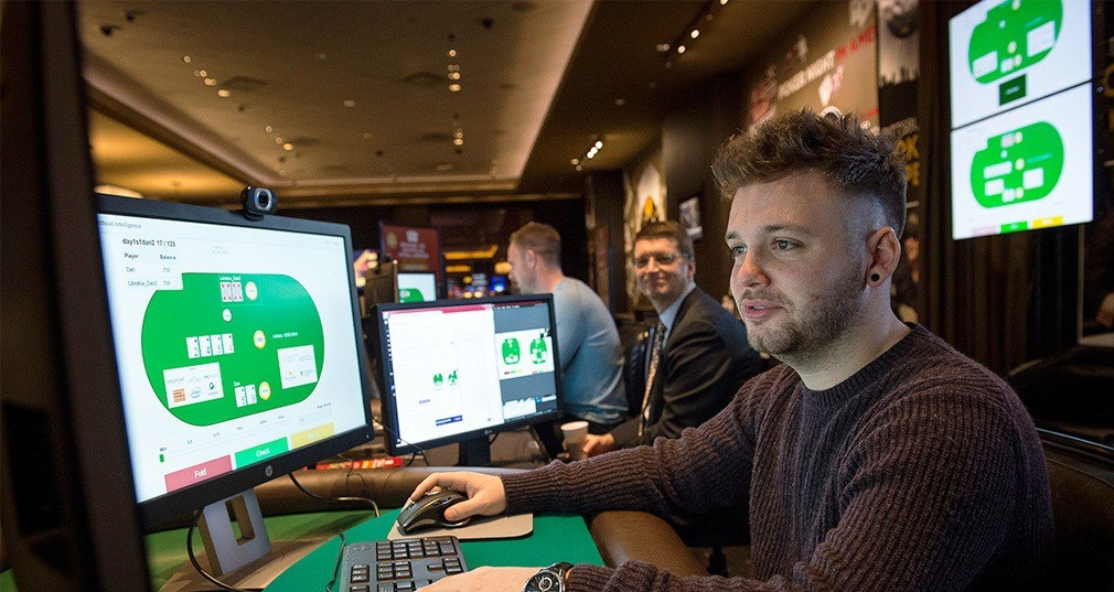 Online Poker Areas – Why are they much better compared To Dipping into a Gambling establishment?