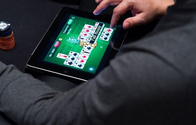 The Reasons Why Women Enjoy Playing Online Casino Games