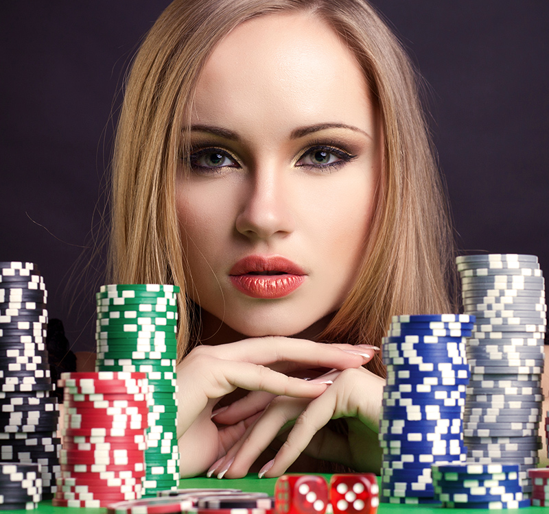 What is meant by Pay and Play at an online casino?