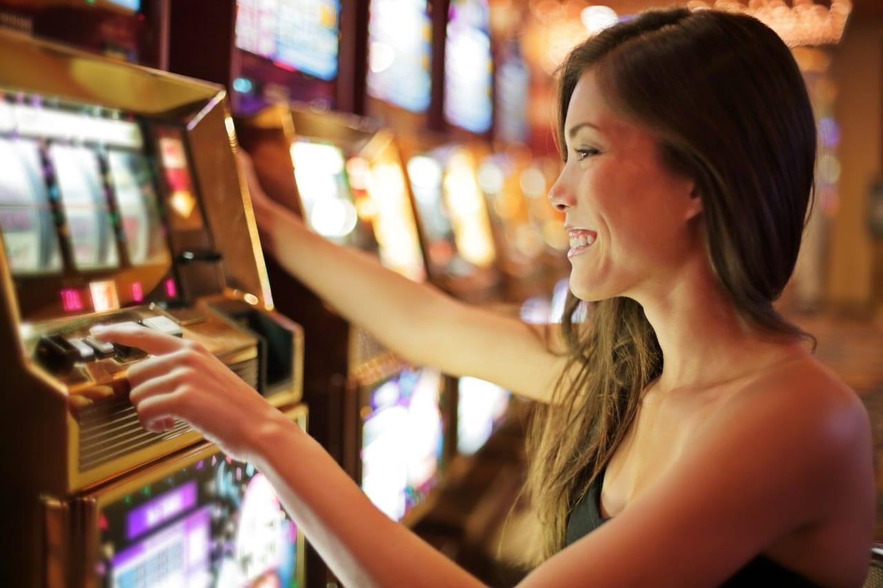 Advantages to Slots in Slot Gambling
